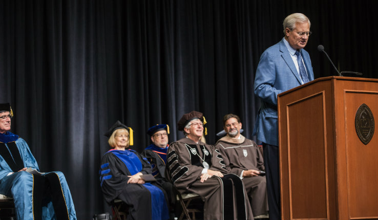 Bethlehem mayor Bob Donchez welcomes students to Bethlehem during the 2019 academic convocation
