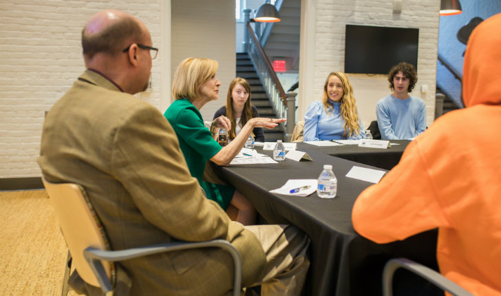 Judy Woodruff speaks to students before Kenner Lecture at Lehigh University
